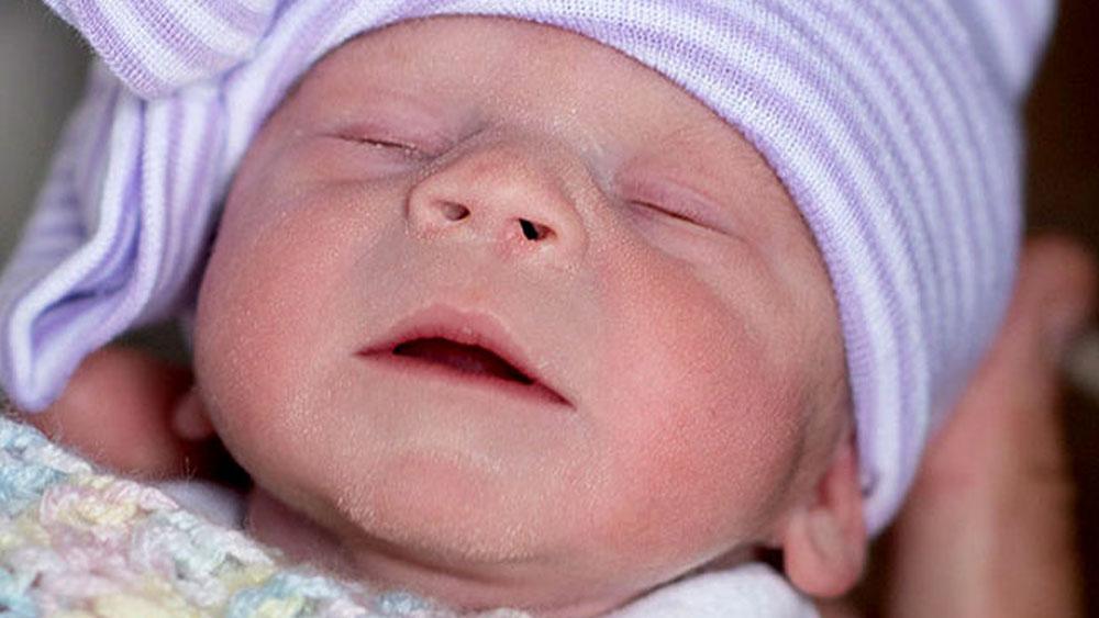 Nace bebé de útero trasplantado perteneciente a una donante muerta