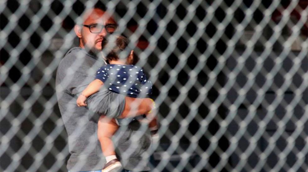 """EE.UU. separó a 18 bebés de sus padres por """"tolerancia cero"""" de Trump - bebés padres trump"""