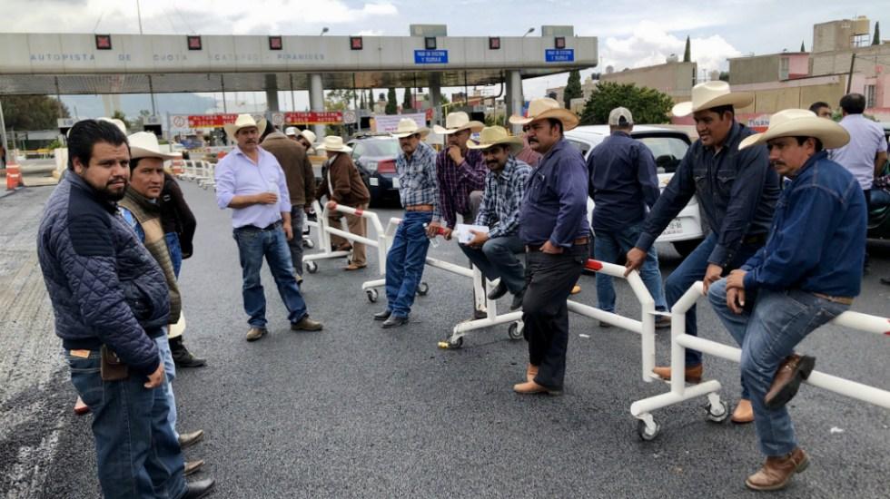 Operan con normalidad casetas tomadas por organizaciones agrícolas - Foto de Notimex