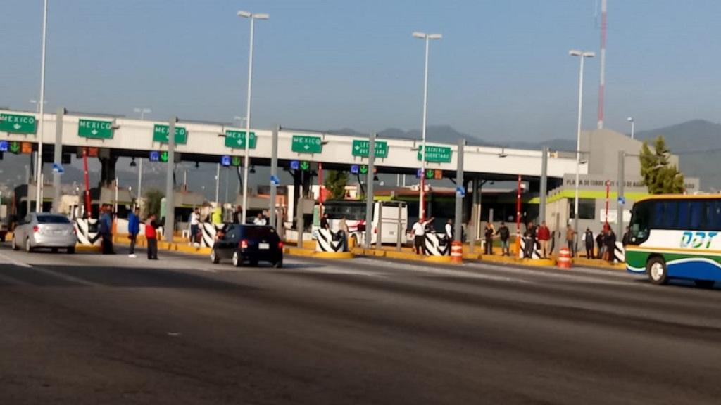 Transportistas de Zumpango liberan caseta de la México-Pachuca - Caseta Ojo de Agua de la México-Pachuca. Foto de @ciemergencias