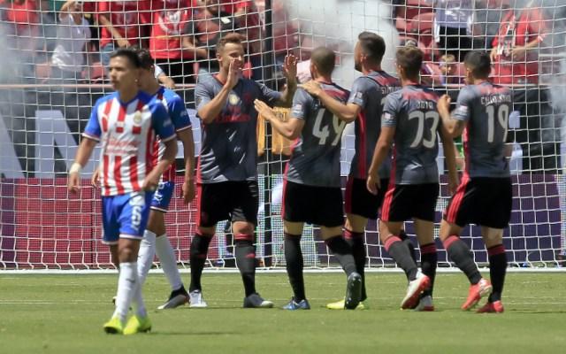 Chivas cae goleado a manos del Benfica - Foto de Mexsport