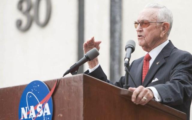 Muere Chris Kraft, primer director de vuelo de la NASA - Chris Kraft NASA Estados
