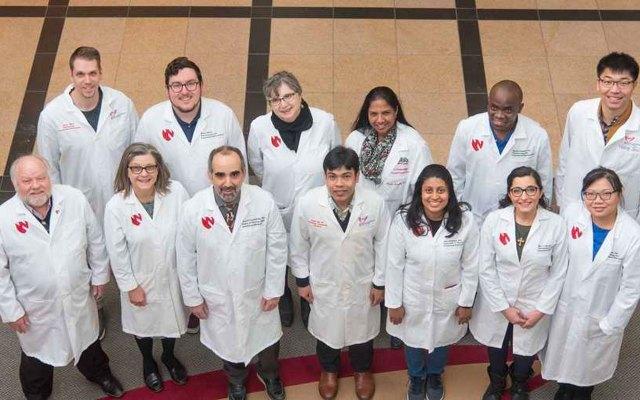 Científicos logran eliminar el VIH del genoma de animales vivos - Científicos VIH UNMC