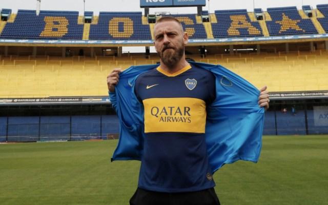 Daniele de Rossi es oficialmente refuerzo de Boca Juniors - Foto de @BocaJrsOficial