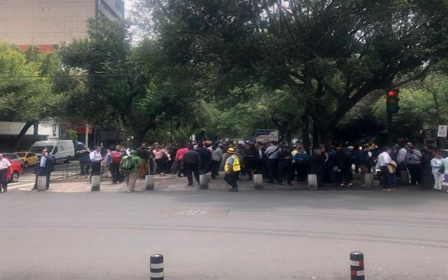 Desalojan edificio del IMSS por amenaza de bomba - desalojo imss amenaza de bomba