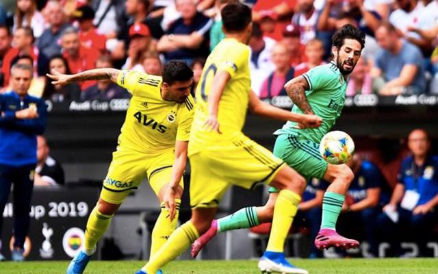 Real Madrid vence al Fenerbahçe en mal partido de Diego Reyes - Foto de EFE