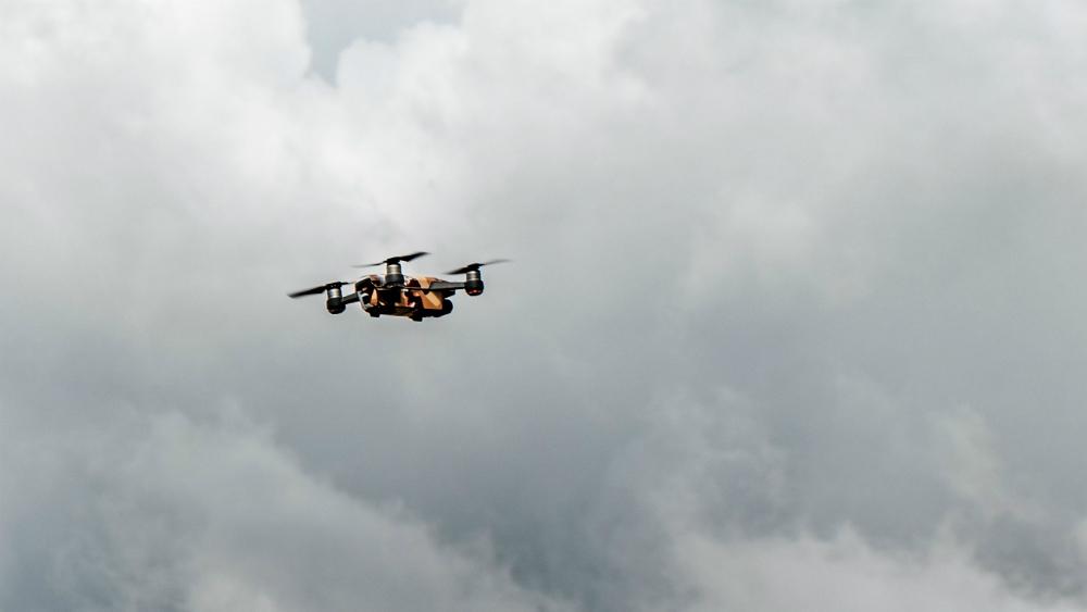 Denuncian vecinos de Coyoacán robos a casas con uso de drones. Noticias en tiempo real