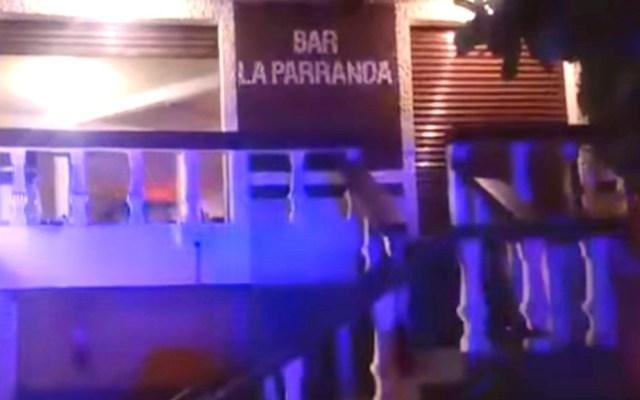 Ejecutan a tres hombres en bar de Juchitán, Oaxaca - Ejecutaron a tres hombres en el bar 'La Parranda' de Juchitán. Captura de pantalla / El Piñero de la Cuenca