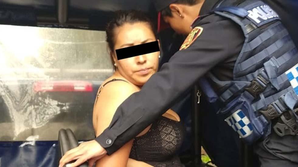 Esperanza recibió instrucciones de cómo matar a israelíes por celular - Esperanza N. tras su detención. Foto Especial / Milenio