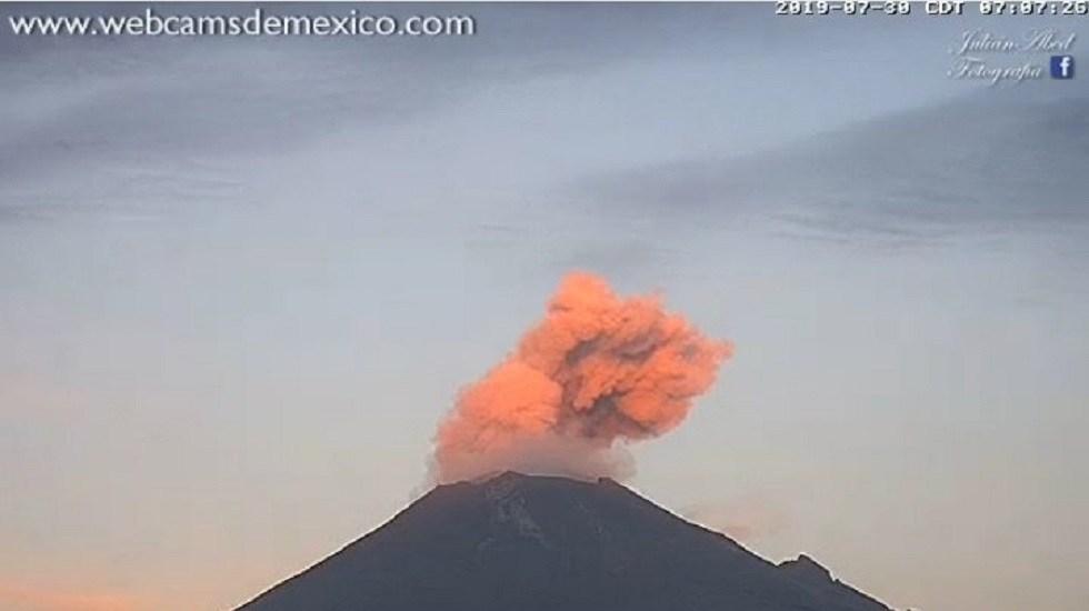 Exhortan a no acercarse al Popocatépetl por aumento de actividad - Explosión del Popocatépetl 30 julio. Foto de Webcams de México / @PC_Estatal