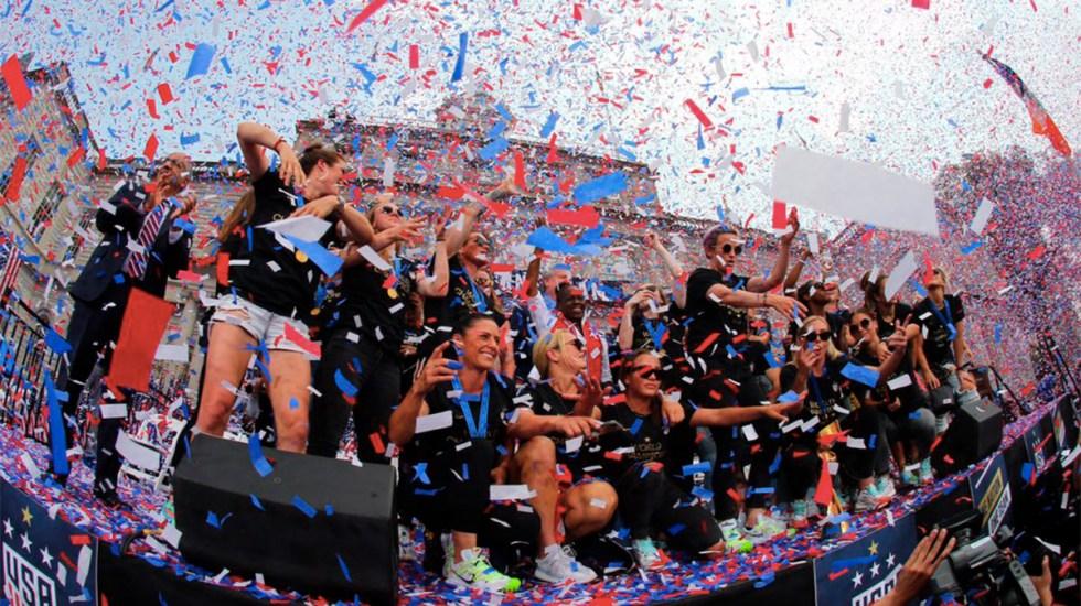 Miles celebran victoria de EE.UU. en Mundial Femenil - Foto de @USWNT