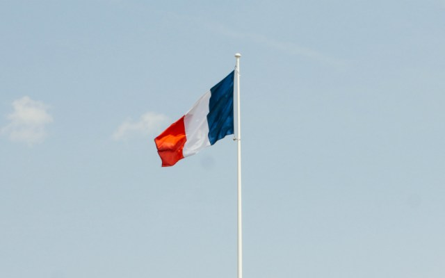Francia reforzará seguridad desde el espacio con nuevo comando militar - Foto de Brina Blum para Unsplash