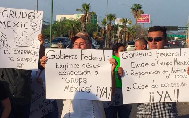 Manifestación en instalaciones de Grupo México por ecocidio en Mar de Cortés - Foto de Germi Contreras