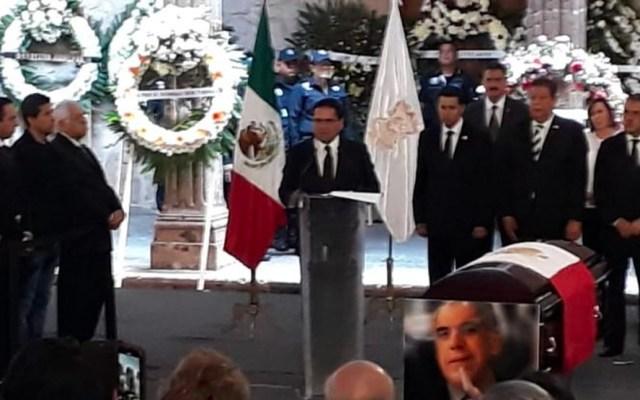 Homenaje póstumo a titulares de SSP y Seguro Popular en Michoacán - homenaje