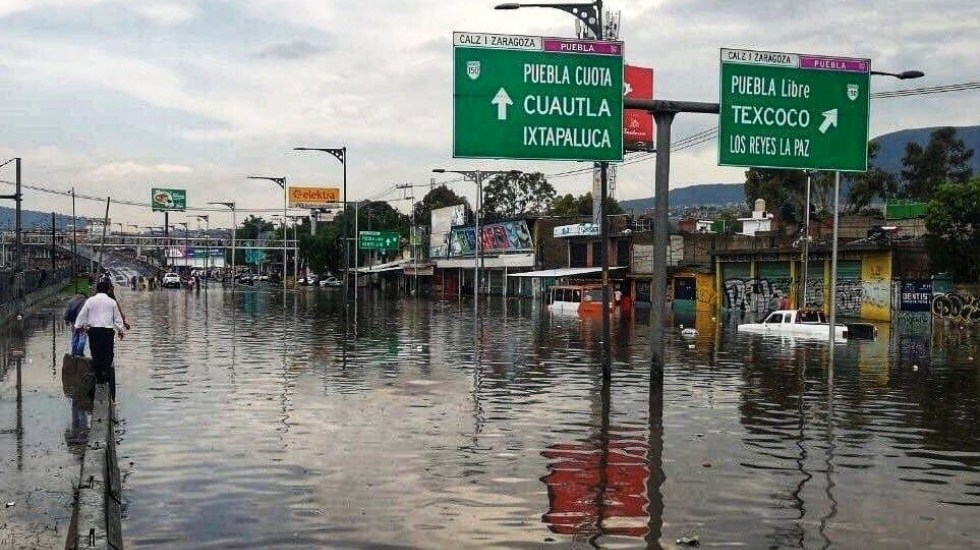 Afectaciones en la Ciudad de México por lluvias - Foto de @JerrxG13