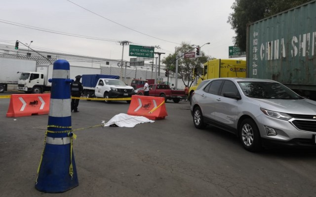 En 2018 asesinaron a más de 35 mil personas en México - Mujer muerta por atropello en Azcapotzalco. Foto Especial