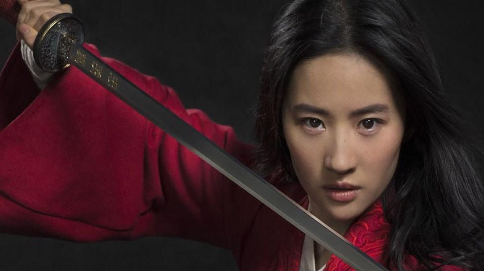#Video Revelan fecha de estreno y teaser de Mulan - Yifei Liu será Mulan. Foto de @DisneysMulan