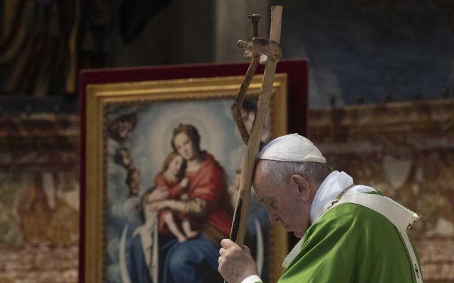 """""""Los migrantes son antes que nada seres humanos"""": papa Francisco - Papa Francisco. Foto de EFE/EPA/VATICAN MEDIA."""