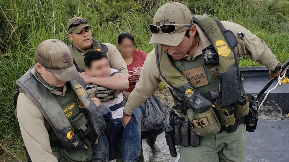 Corte Suprema de EE.UU. da luz verde a Trump para negar asilo a indocumentados - Asilo Patrulla Fronteriza Estados Unidos migrantes migración