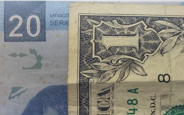 Peso cierra tercer trimestre con depreciación - Peso dòlar dólares tipo de cambio moneda billetes dinero