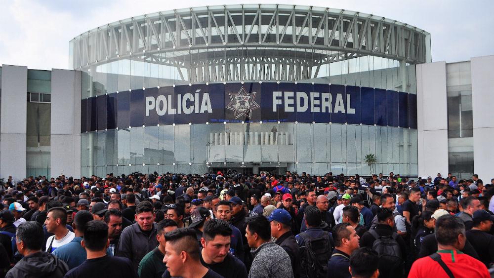 Sin acuerdos mesa de diálogo entre policías federales y SSPC - Foto de Notimex