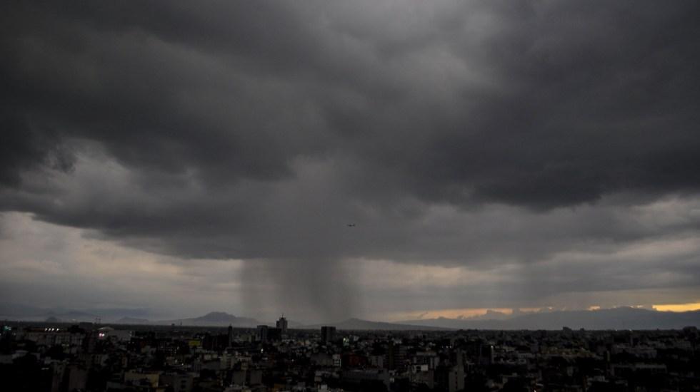 Llueve en distintos puntos de la Ciudad de México - Foto de Notimex/Isaías Hernández