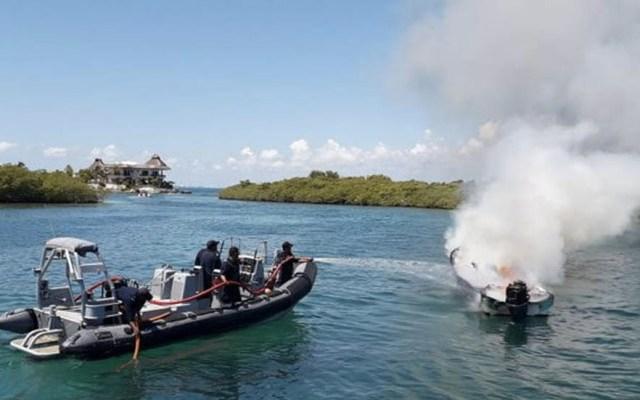 Semar sofoca incendio en embarcación menor en Isla Mujeres - Quintana Roo Semar Marina incendio Isla Mujeres