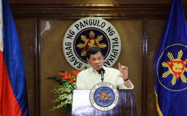 Rodrigo Duterte busca pena de muerte para delitos relacionados con drogas y corrupción - Rodrigo Duterte en discurso. Foto de @rodyduterte