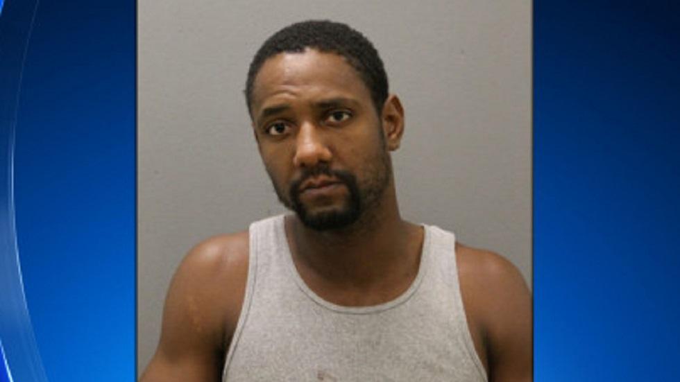 Ronald Davis, padre del niño de 3 años. Foto de Policía de Illinois / Chicago CBS