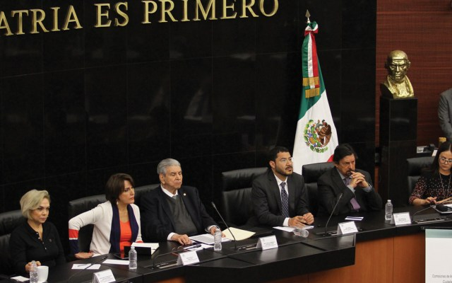 Senadores lamentan asesinatos en Plaza Artz Pedregal - Foto de Notimex