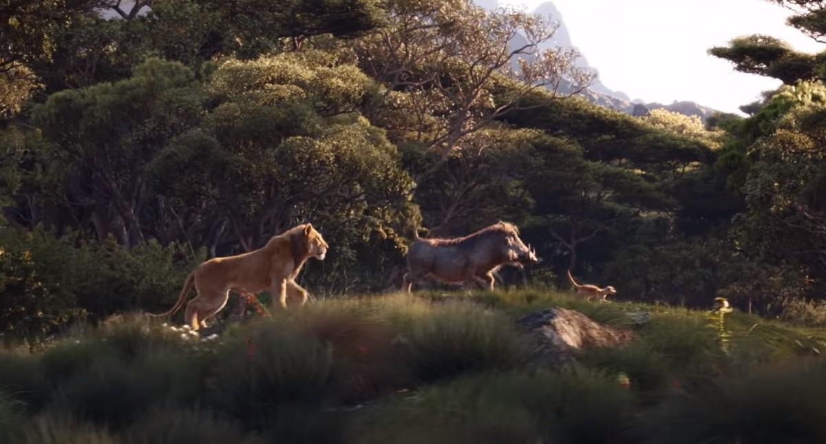 Simba, Pumba y Timón mientras cantan Hakuna Matata. Captura de pantalla / Disney