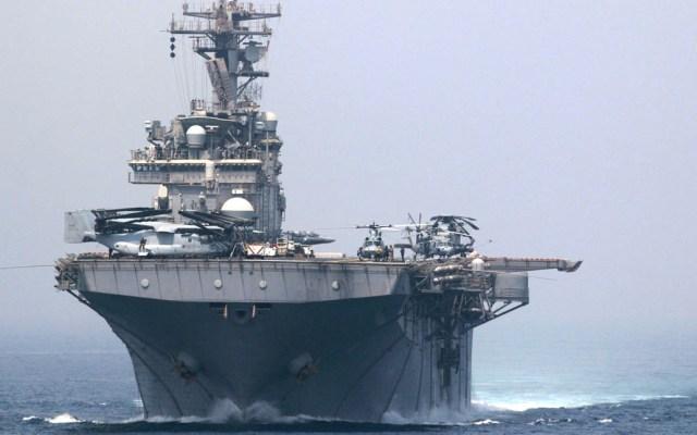 Aumentan tensiones entre EE.UU. e Irán tras presunto derribo de dron en Ormuz - USS Boxer Ormuz Irán Estados Unidos