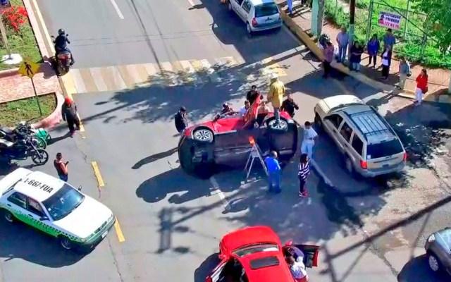 Vuelca camioneta de diputada de Morena en Pachuca - volcadura diputada morena Pachuca