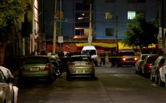 Matan a balazos a joven de 22 años en la colonia Guerrero - Zona de crimen acordonada en la colonia Guerrero. Foto de Noticieros Televisa