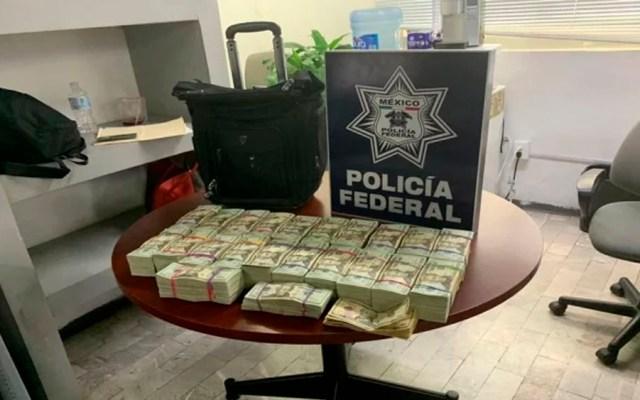 Detienen a dos personas en el AICM con 216 mil dólares - 200 mil dólares aicm