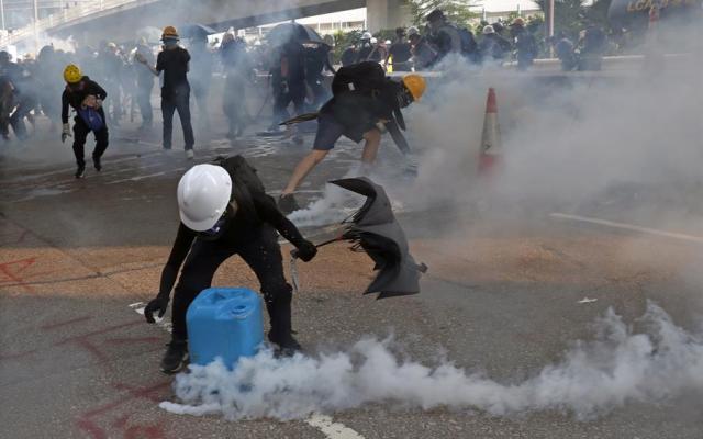 Violencia durante protestas en Hong Kong - Foto de EFE