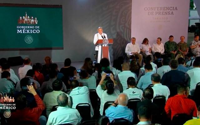 Refinería de Dos Bocas se traducirá en muchos empleos: AMLO - amlo confe villahermosa
