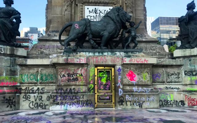 Cierran el Ángel de la Independencia tras marcha feminista; Bellas Artes revisará daños - ángel de la independencia