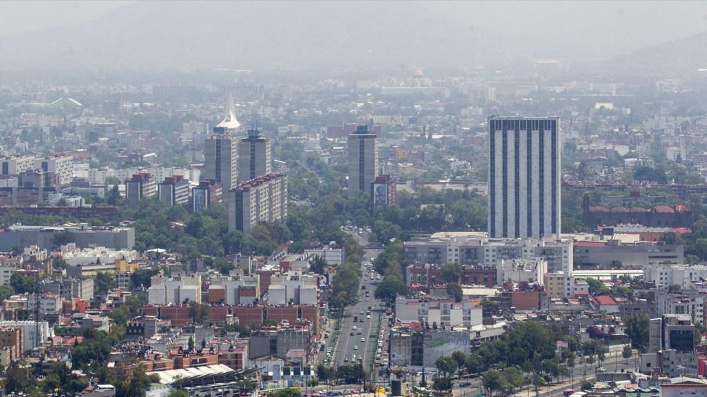 Falta de programas ambientales promueve contaminación del aire en México - Calidad del aire en la Ciudad de México. Foto de Notimex