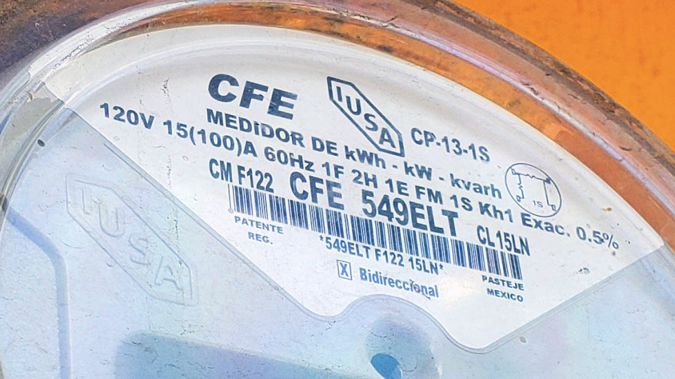 Utilidad de CFE cae 73 por ciento en tercer trimestre - CFE medidor Comisión Federal de Electricidad