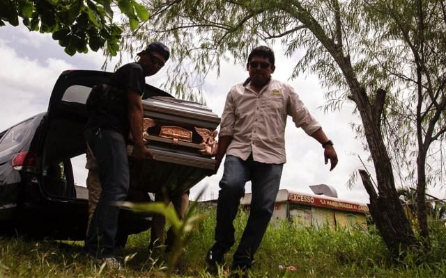 Entregan cuerpos de víctimas de masacre en Coatzacoalcos - Coatzacoalcos víctimas Veracruz masacre