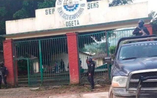 Al menos 40 escuelas de Guerrero suspenden clases por enfrentamientos armados - coyuca