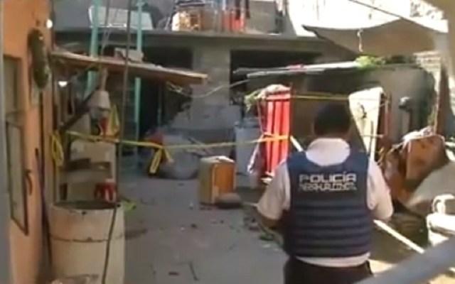 Explosión por acumulación de gas lesiona a familia en Nezahualcóyotl - Daños en vivienda de Nezahualcóyotl por explosión. Captura de pantalla / Foro Tv