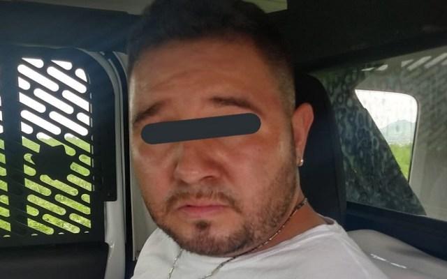 Sujetos golpean a mujer para robarle el auto en Tláhuac - Detenido en Tláhuac por asalto a mujer. Foto de @MrElDiablo8