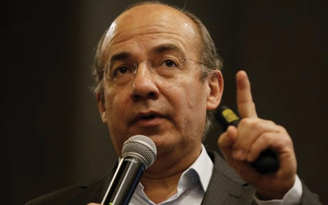 Calderón responde a AMLO por desabasto de medicamentos - Foto de EFE