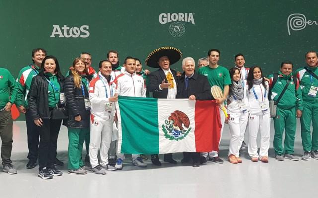 México hace historia en Juegos Panamericanos 2019 - Festejos de pelotaris mexicanos que ganaron oro. Foto de @COM_Mexico