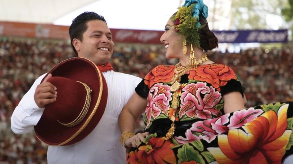 Habrá Guelaguetza el 15 de septiembre en el Zócalo - Foto de @GuelaguetzaOf