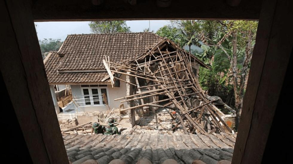 La devastación por el sismo 7.0 en Indonesia - Foto de Getty