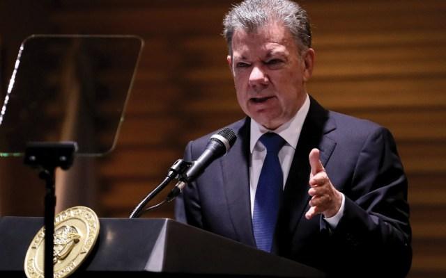 Santos pide reprimir a miembros de las FARC que abandonen acuerdo de paz - Foto de EFE