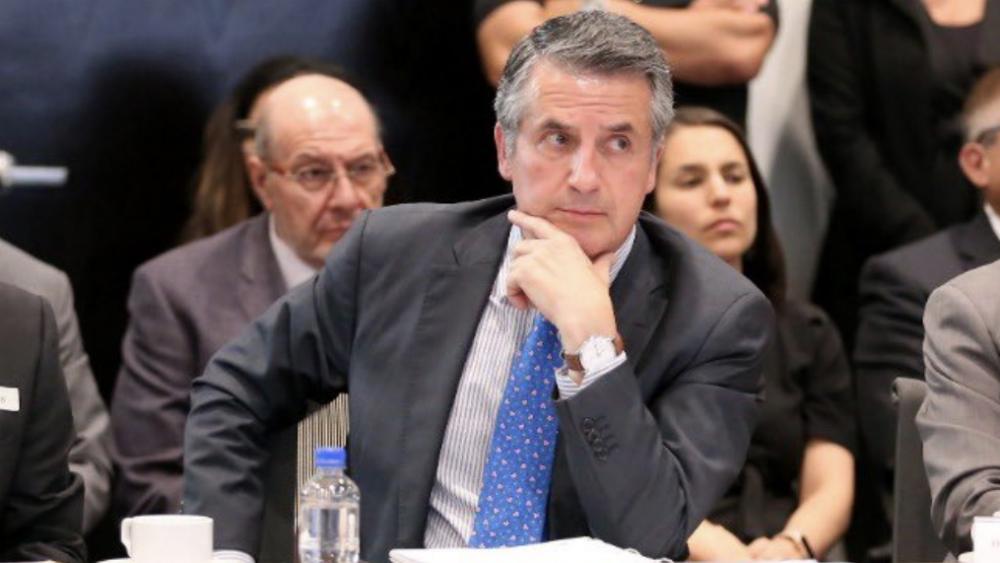 Julio Santaella, presidente del Inegi, da positivo a COVID-19 - Julio Santaella, presidente del Inegi. Foto de @SantaellaJulio